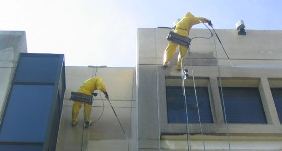 5 benefits to pressure washing your building