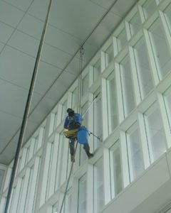 6 reasons to schedule window cleanings today